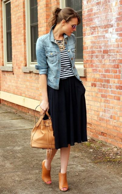 Outfit with midi skirt and denim jacket