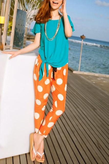Summer eye-catching look with orange polka dot pants