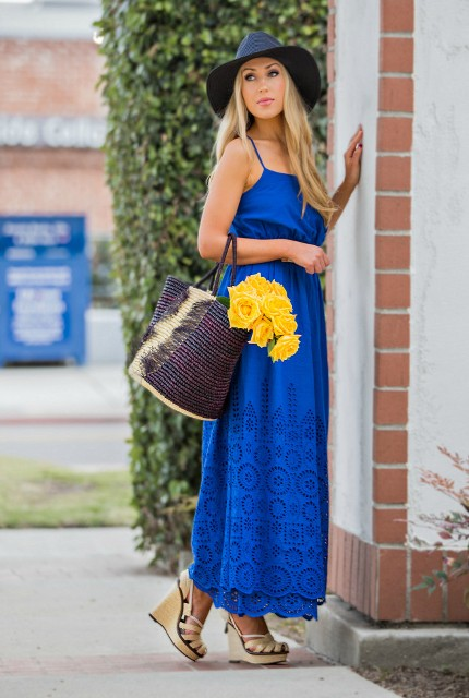 Super cool bag with maxi blue dress