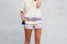 Travel look with embroidered shorts, hat and espadrilles