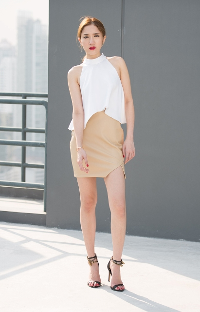 22 Cool Beige Skirt Outfits To Try