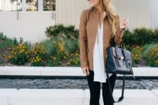 02 black cropped jeans, a white shirt, a tan jacket and leopard shoes
