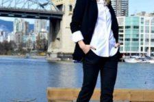 04 a black suit, a white shirt and orange pumps