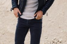 04 black jeans, a grey t-shirt, a black leather jacket and brown boots