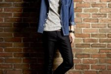 04 black jeans, a striped tee, a denim overshirt and red sneakers