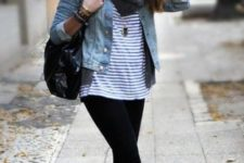 05 black leggings, a striped tee, a denim jacket and white sneakers