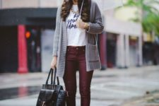09 burgundy trousers, a printed tee, a grey cardigan and black slip-ons