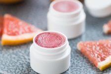 09 grapefruit lip balm