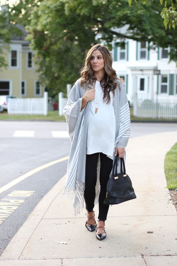 grey fringe poncho, black leggings, a white t-shirt and lace up flats