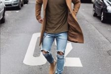 19 ripped jeans, a brown t-shirt, nude boots and a camel coat