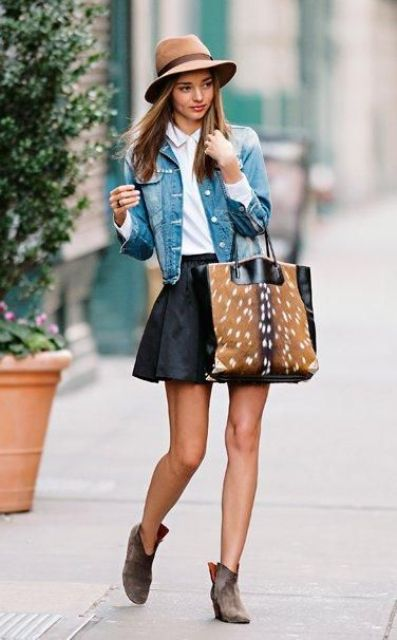 brown ankle suede boots, a black skirt, a tote