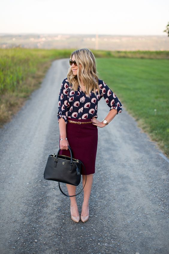 burgundy pencil skirt, a printed shirt and nude heels