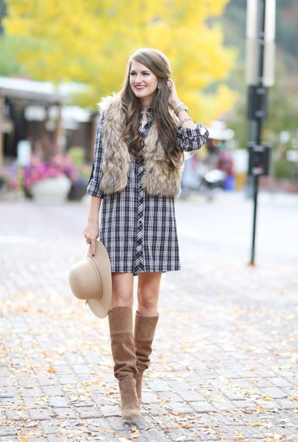 Shirtdress with fur vest, beige hat and light brown boots