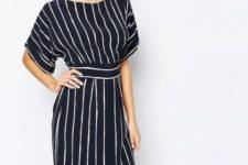 Striped knee-length kimono sleeve dress