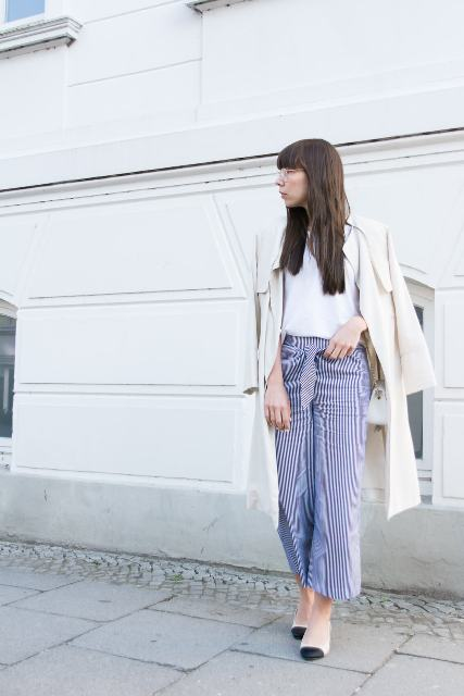Striped pants with white shirt, two color shoes and trench coat