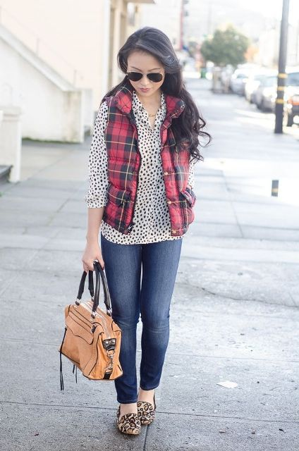 With polka dot shirt, jeans and printed flats