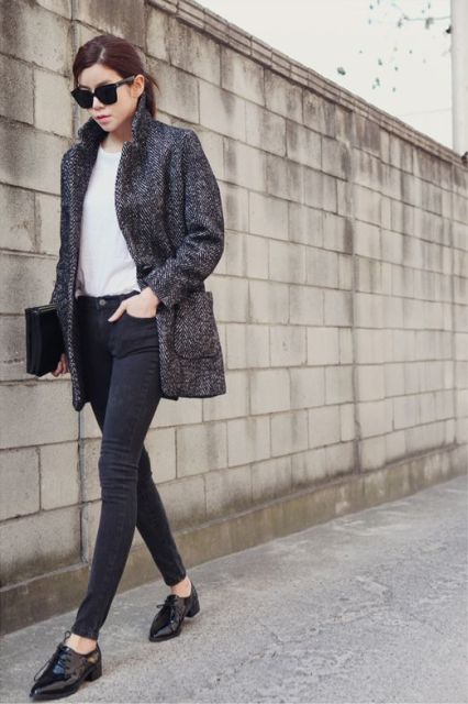 foto 23 Excellent Tweed Skirt Ideas For This Fall