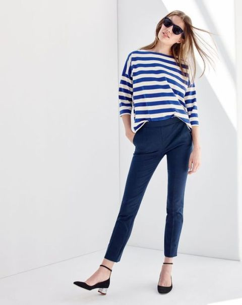 ed83091794 22 Elegant Navy Blue Trousers Outfits For Ladies - Styleoholic