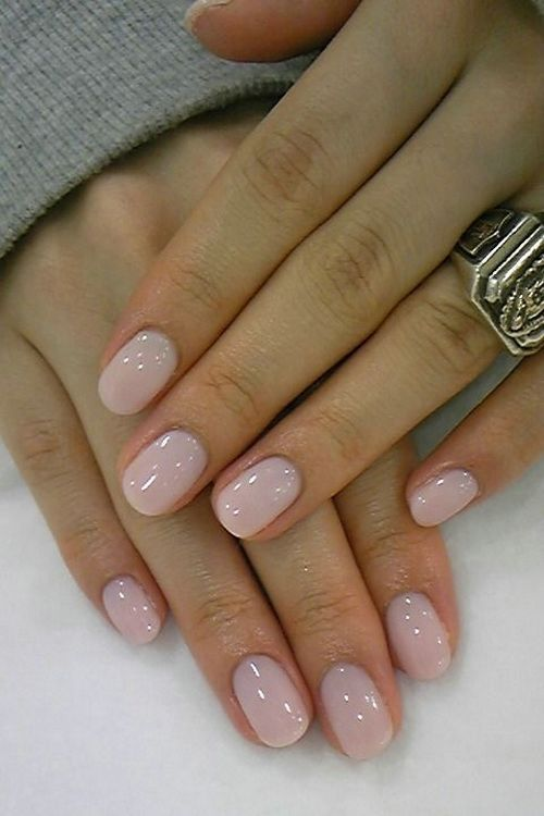 blush nails look romantic and can fit any occasion