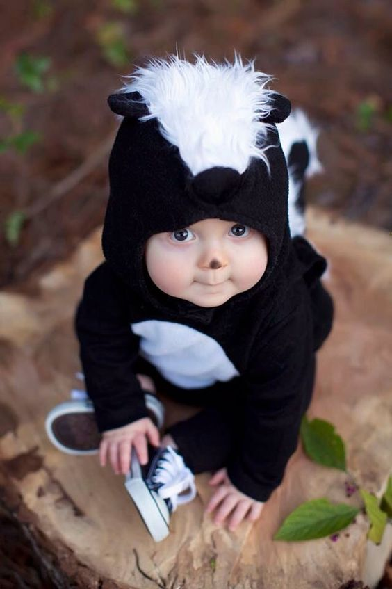 baby skunk costume for the smallest kid