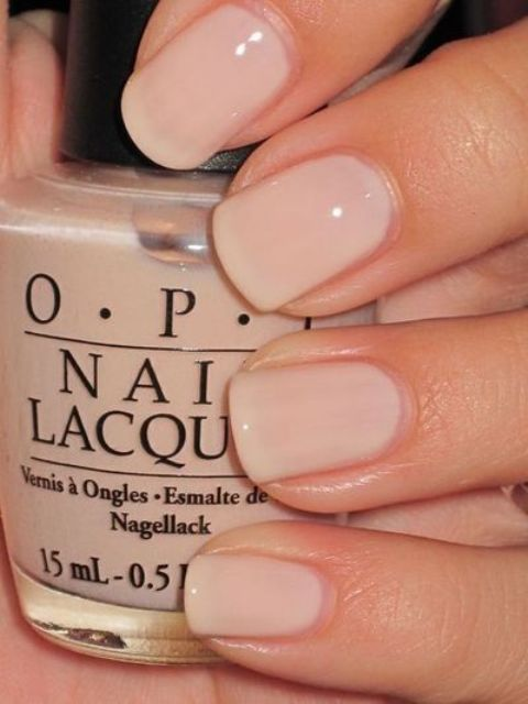 short nails look longer in nude and neutral shades