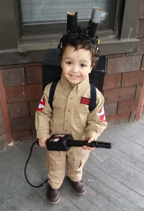 DIY this ghostbuster costume and excite your son