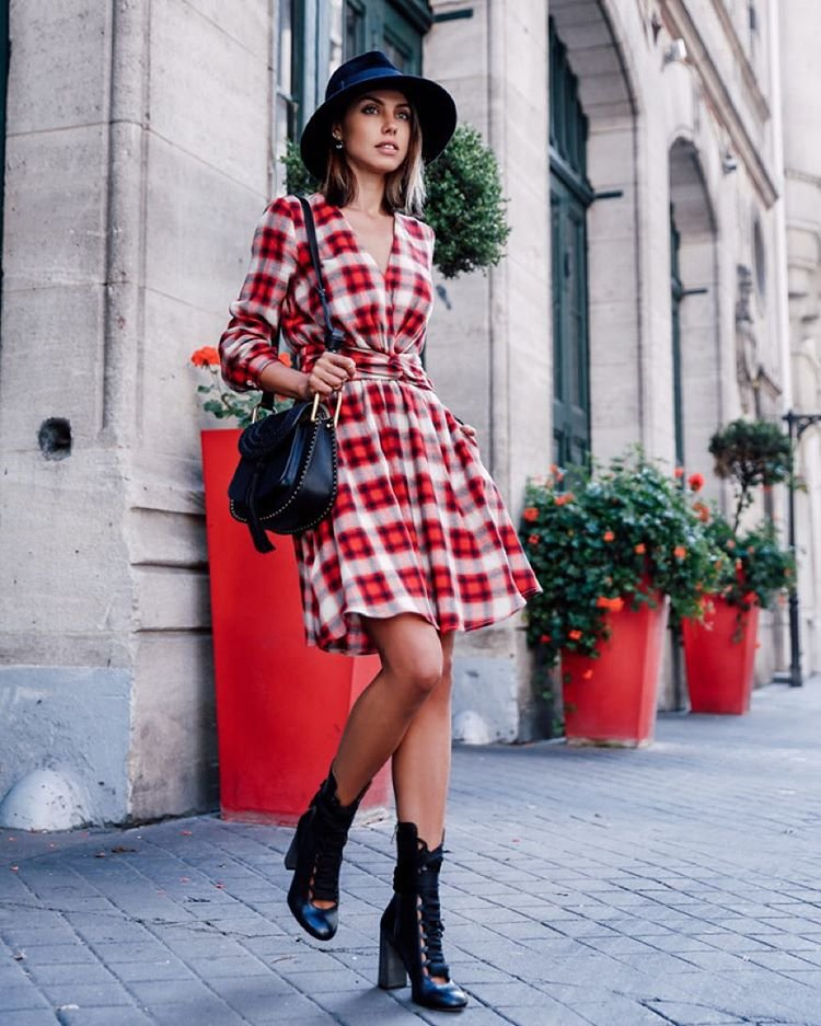 long-sleeved fit-and-flare dress, booties and a hat