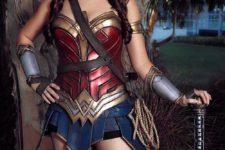 12 chic Wonder Woman cosplay
