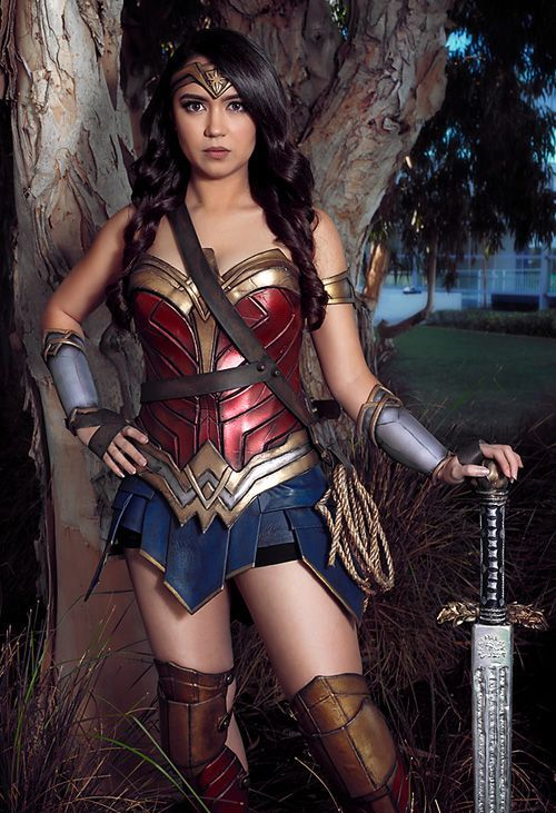 chic Wonder Woman cosplay