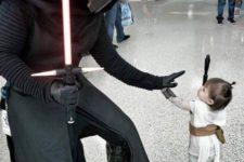 14 Kylo Ren meets tiny Rey