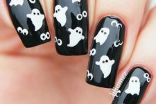 20 ghosts and scary eyes nails in black