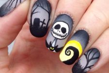 22 dark nightmare nail art before Christmas Halloween with a matte finish