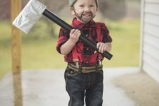 22 lumberjack costume is easy to recreate because everyone has such clothes at home