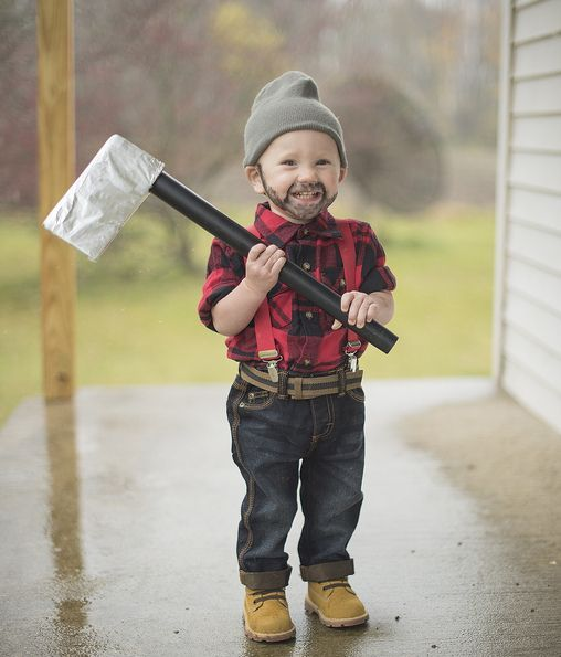 lumberjack costume is easy to recreate because everyone has such clothes at home
