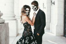 24 elegant skeleton Halloween couple look with makeup