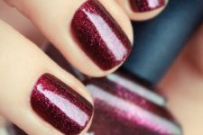 24 glitter dark red nails