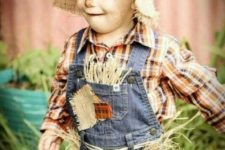 24 scarecrow costume for little boys is a funny one