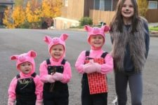26 three little pigs and a big wold costume for the whole family