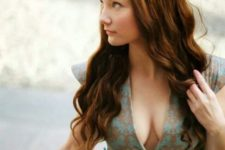 31 Margaery cosplayer looks like the real her