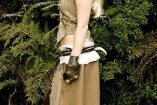 32 Daenerys' Doth Raki costume