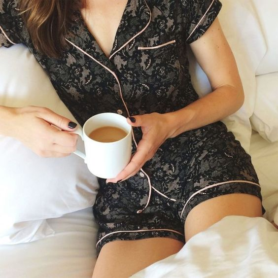 black lace pyjama is a chic and sexy idea