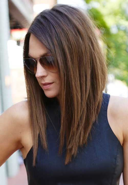 brunette long bob looks very voluminous