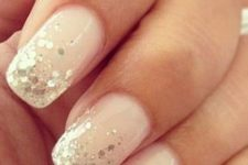 04 blush nails with gold sequins on the edge