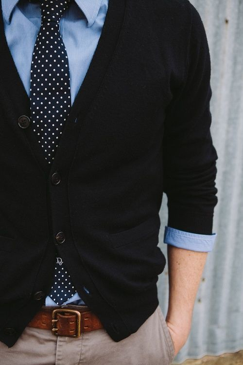 fall outfit with a black cardigan, neutral pants and a polka dot tie