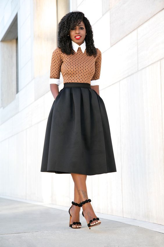 button down, A line midi skirt, a patterned jersey and heels for a creative work look