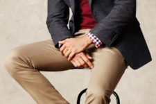 07 ocher pants, a red sweater, a checked shirt and cognac shoes