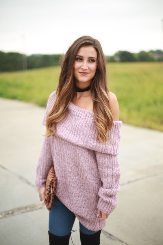 knit lightweight off the shoulder long sweater in mauve color with jeans