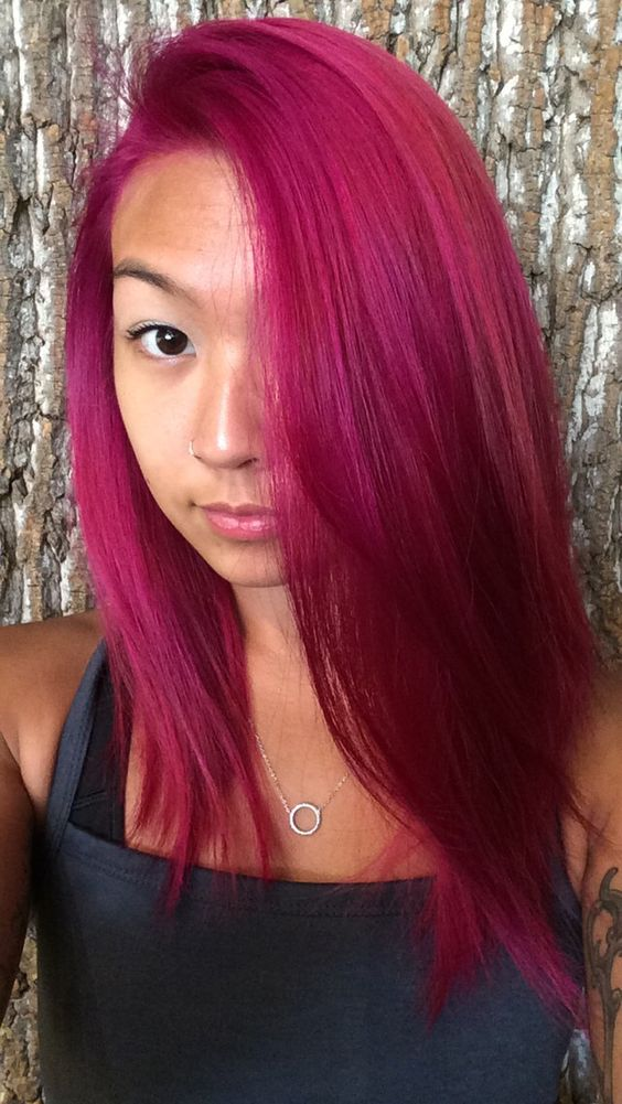 simple straight magenta hair