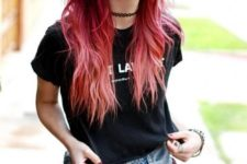 10 ombre hair from black cherry to pink and red for a grunge look