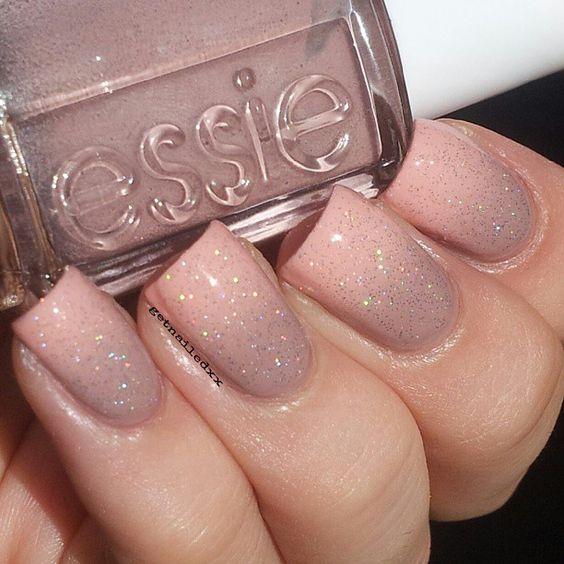 blush glitter manicure